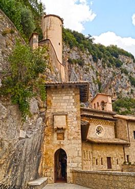 Rocca di Mezzi,Subiaco 213_edited-1