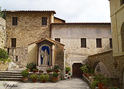 Rocca di Mezzi,Subiaco 220_edited-1